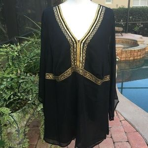 Lane Bryant Sz 22/24 Lined Black Gold Trimmed  Top